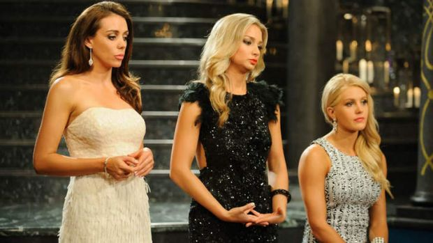 Bachelorettes:  Rochelle, Anna and Ali.