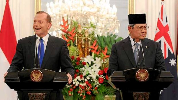 Prime Minister Tony Abbott and Indonesian President Susilo Bambang Yudhoyono address the media during a joint press ...