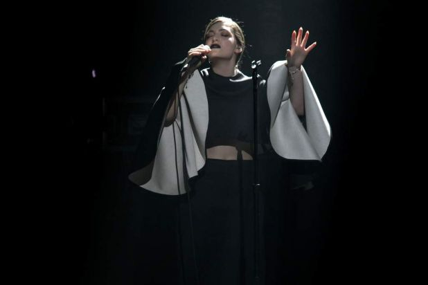 Lorde performing her new single 'Team'.
