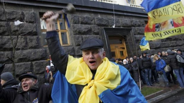 Tempers are flaring about who Ukraine should tie its future to - Russia or the EU.