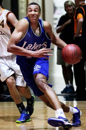 Dante Exum playing for Lake Ginninderra College from Canberra.
