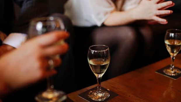 Brisbane City Council has opposed shortening licensed venues' trading hours in a bid to curb alcohol fuelled violence.