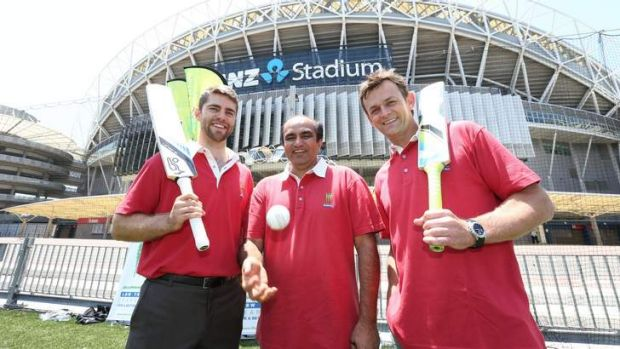 Sporting chance: Ryan Carters, LBW Trust chairman Darshak Mehta and Adam Gilchrist outside Thunder's home ground.