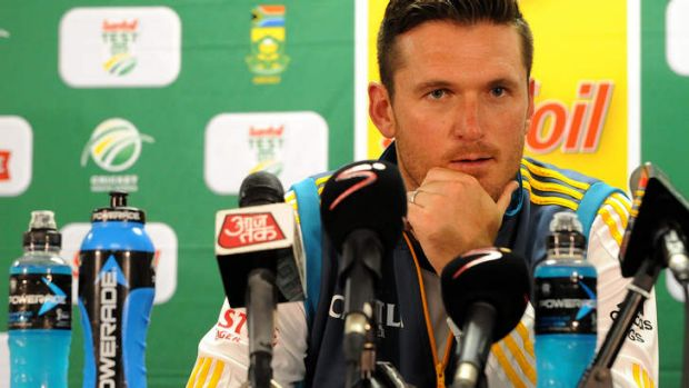 Graeme Smith addresses the media after the Test.