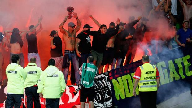 western sydney wanderers flares up - photo#26