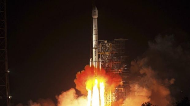 Destination moon: China's Long March 3B rocket carrying the Chang'e-3 lunar probe blasts off from Sichuan province last ...