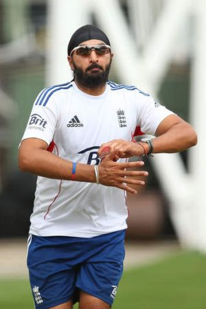Slump: Monty Panesar failed to bowl one maiden over just hours after England's demoralising loss in Melbourne.