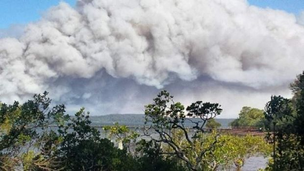 Smoke cloud created from continued Stradbroke Island fires.