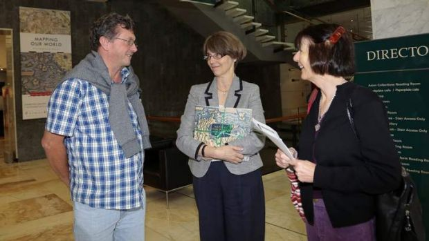 Neryl McLay and Duncan McLay from the Gold Coast chat with National Library director-general Anne- Marie Schwirtlich as ...