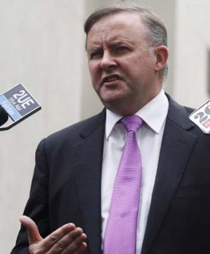 """This is not a Stalinist regime"": Anthony Albanese takes aim at Immigration Minister's silence over boat arrivals."
