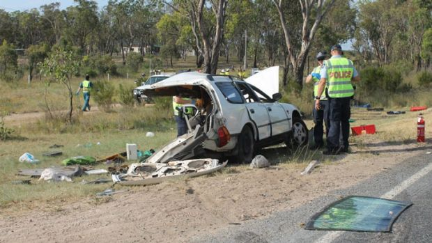 The wreckage on the side of the New England Highway at Glen Aplin. Photo: Ella Archibald-Binge, Warwick Daily News.