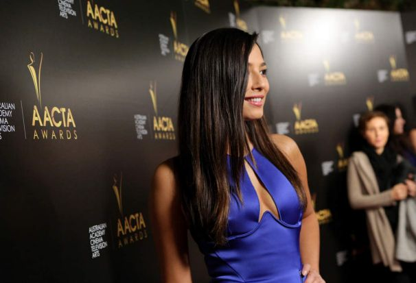 Model Jessica Gomes poses for the cameras.