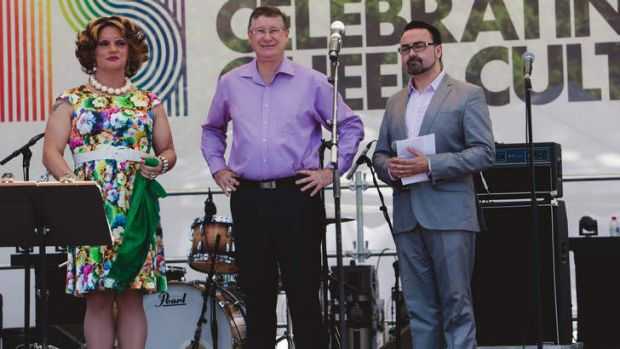 Premier Denis Napthine backstage with festival organisers and MCs.