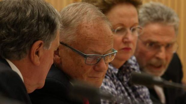 National Commission of Audit chairman Tony Shepherd (centre).