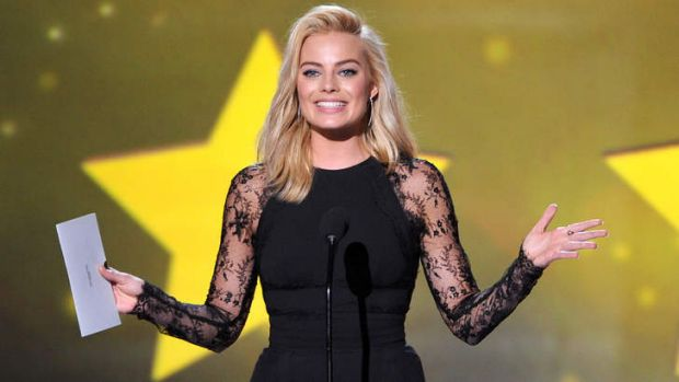 Margot Robbie, presenting at the 2014 Screen Actors Guild Awards, is set to star in <em>Z for Zachariah</em>.