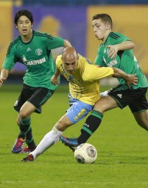 Mark Bresciano in action for Qatar's Al-Gharafa during a friendly in Doha earlier this month.