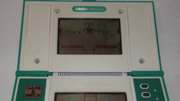 Greenhouse may not have been the coolest Game & Watch title, it was DexX's childhood favourite.