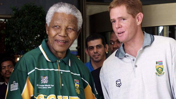 Powerful support: Nelson Mandela and Shaun Pollock meet before the 2003 World Cup.