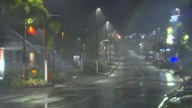 Strong wind and rain batters north Queensland.