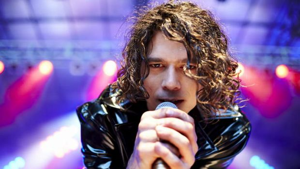 Luke Arnold as Michael Hutchence in <i>INXS Never Tear Us Apart</i>.