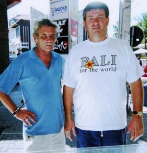 Malcolm McCauley and David McHugh arrive in Bali two weeks after Schapelle's arrest.