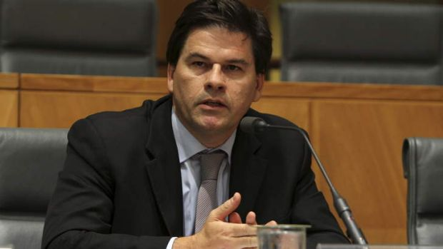 Australian Industry Group chief Innes Willox has warned the Abbott Government to avoid severe budget cuts this year.