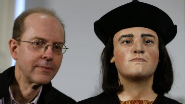 Michael Ibsen, a 17th generation nephew of King Richard III, poses with a facial reconstruction of the king last year. ...