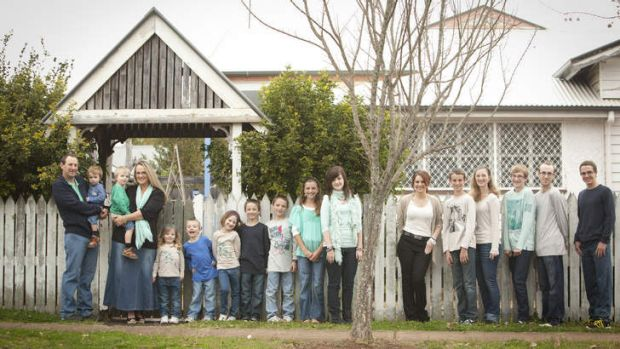 17 of us. Jeni Bonell and Ray Bonell and their fifteen children.  SMH GOOD WEEKEND Picture by PAUL HARRIS  GW130727