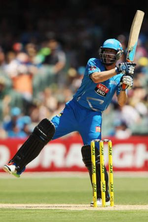 Canberra's Jono Dean in action for the Adelaide Strikers this BBL season.