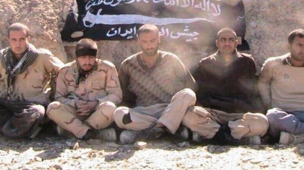 Five Iranian border guards have been kidnapped by Sunni militant group Jaish al-Adl.