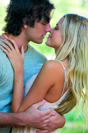 Gabriella Wilde and Alex Pettyfer in <i>Endless Love</i>.