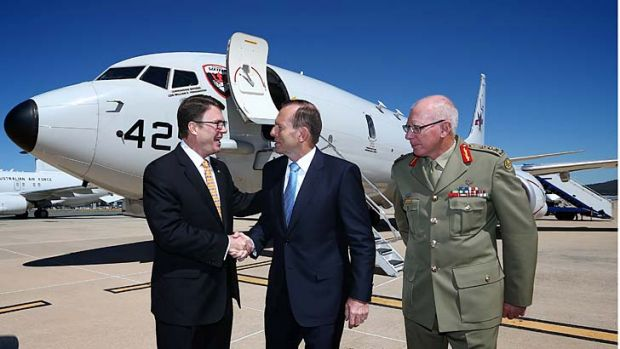 US ambassador to Australia, John Berry, Prime Minister Tony Abbott and Chief of the Defence Force General David Hurley, ...