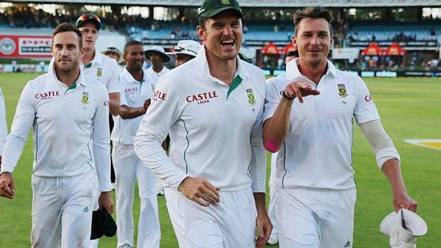 Graeme Smith leads his team off after winning the second Test.