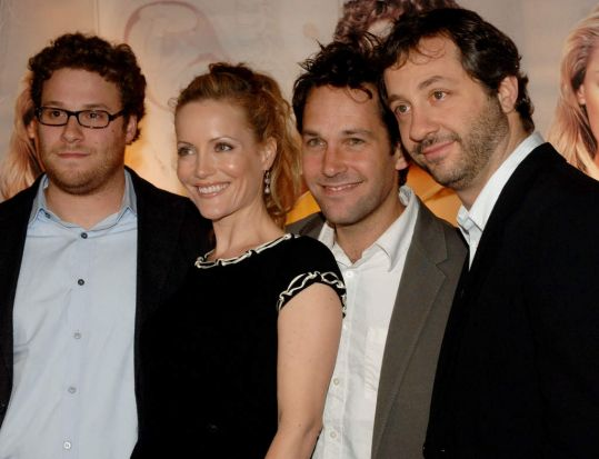 Harold Ramis teamed up again with director Judd Apatow (right) to have small role as Seth Rogen's (left) dad in ...