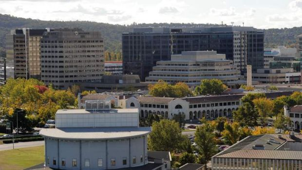 Views of Canberra City and Lake Burley Griffin from the roof of Customs House on Constitution Avenue.