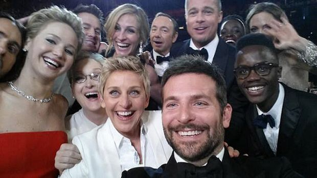 Ellen DeGeneres (centre) withs actors front row from left, Jared Leto, Jennifer Lawrence, Meryl Streep, Ellen DeGeneres, ...