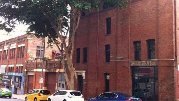 Buildings in the vicinity of proposed demolition site in Brisbane City, including O'Reilly's Bonded Stores in Margaret Street