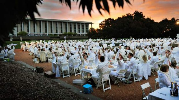Dinner En Blanc ... organisers are hoping the weather isn't too wet.