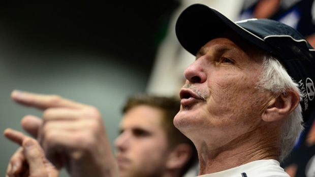 Mick Malthouse's Blues are drifting.