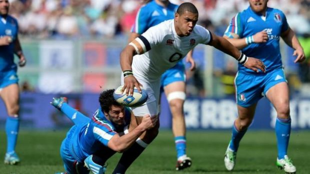 Luther Burrell in action against Italy.