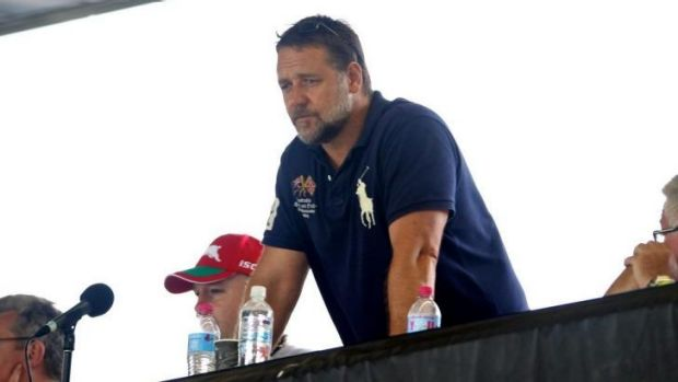 Extending a royal invite: Russel Crowe.