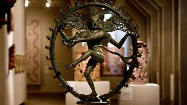 The dancing Shiva statue in the National Gallery of Australia.