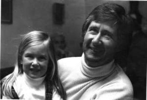 Melissa Doyle with her father, Robert, in 1972.