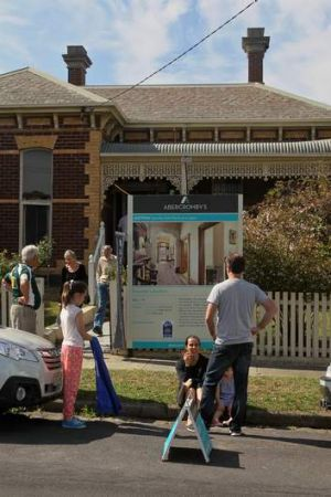 18 Seymour Avenue, Armadale, brought $2.8 million at auction.