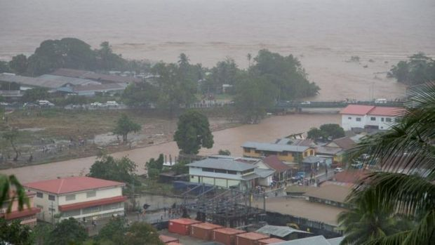 Flash flooding killed at least three people and left 10,000 homeless in Honiara.