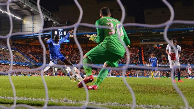Demba Ba scores the crucial goal to send Chelsea through on away goals.