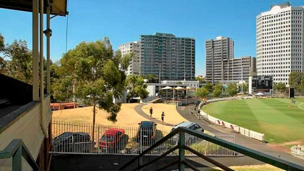 St Kilda's Junction Oval may be shared between St Kilda Football Club and Cricket Victoria under AFL-state government plans.