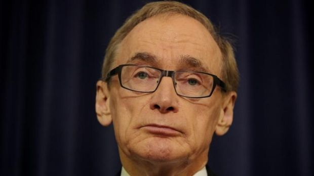 Bob Carr has defended his publishing of diaries from his stint as foreign minister in the Gillard/Rudd governments.