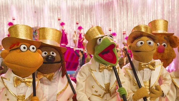 Showtime: Scooter, Rowlf, Kermit, Walter and Fozzie.