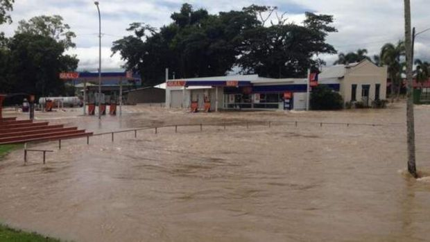 Ingham flooded after Cyclone Ita.